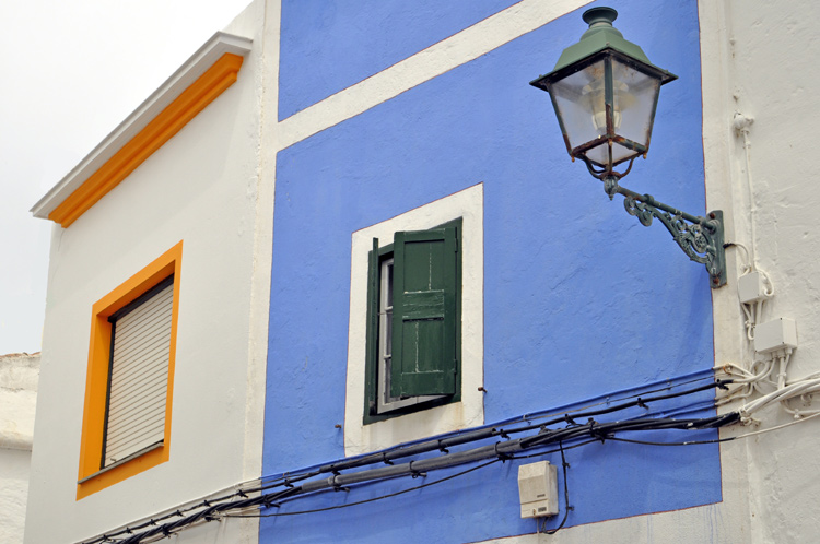 Fassade-Laterne-Menorca-100