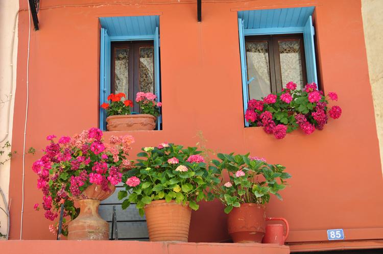 Haus-mit-Blumen-Kreta-2014.