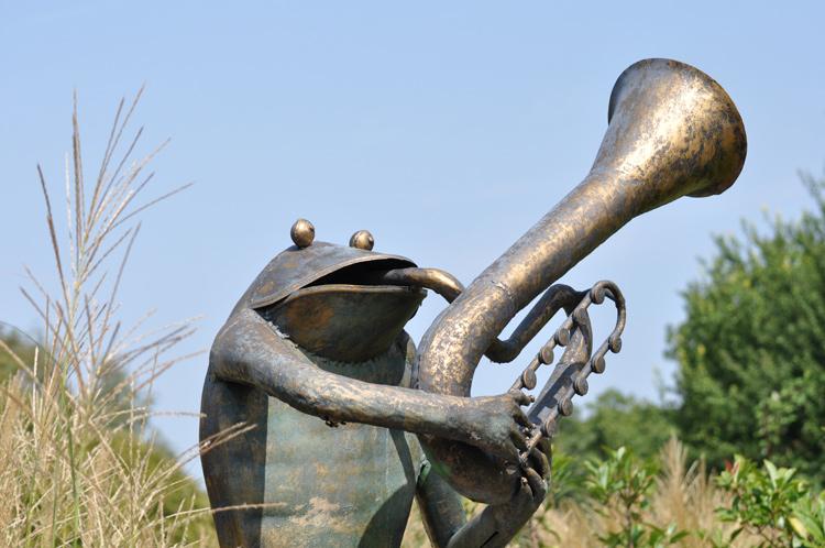 Frosch-mit-Tuba-2018-09-.27